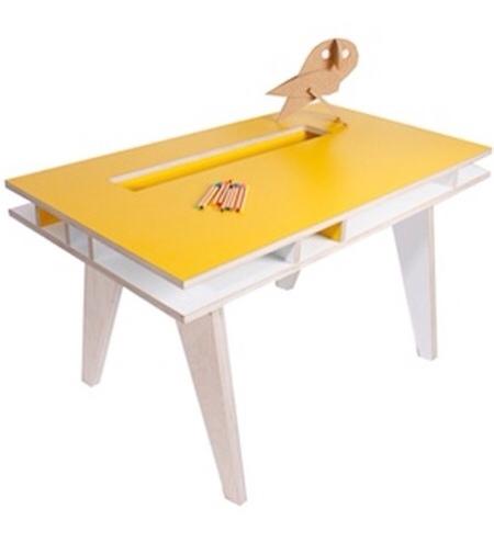 Buisjes en Beugels, mesas para la habitación infantil, muebles infantiles y juveniles de Buisjes en Beugels