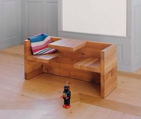 E15 Ben Pelsmacker, banco con mesita para niños, mesa y sillas infantiles de E15