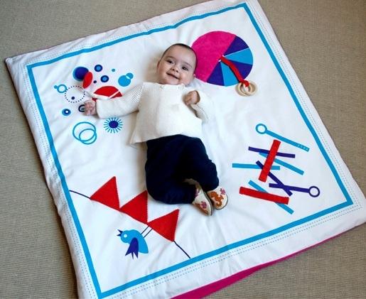 Deuz, tapices infantiles, decoración infantil, accesorios de juego y puericultura de Deuz