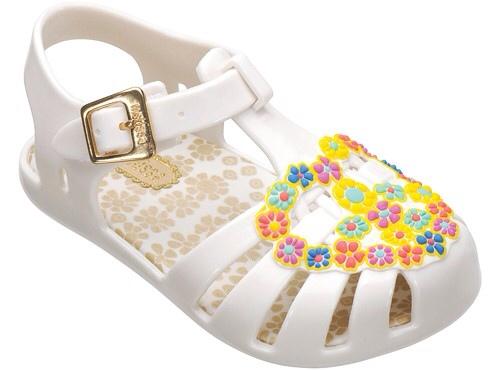 Minimelissa y Melissa Girl, calzado para la playa y piscina, zapatos para niñas de Mini Melissa y Melissa