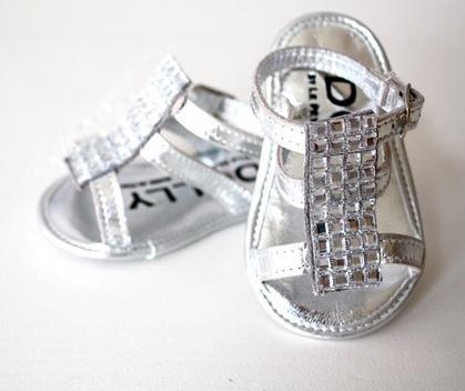 Le Petit Tom, calzado infantil de moda, zapatitos para bebés colección de verano de Le Petit Tom