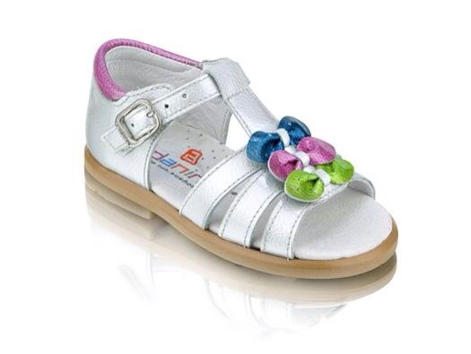 Zapatos para niñas con detalles de color flúor