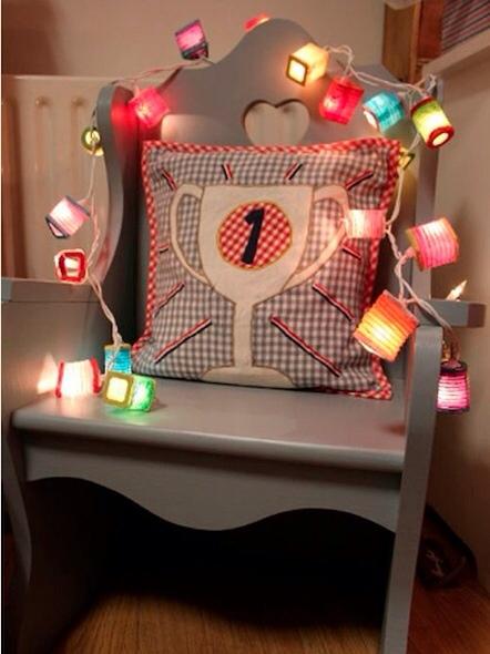 Decorar la habitaci n de los ni os con luz for Cuarto tumblr con luces