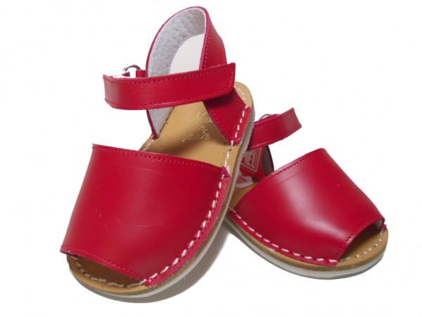 menorquinas-rojas-bebe