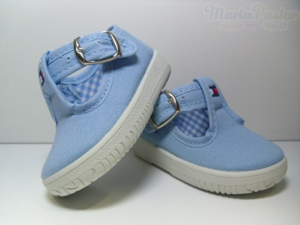 pepitos-lona-azules-celeste-con-hebilla