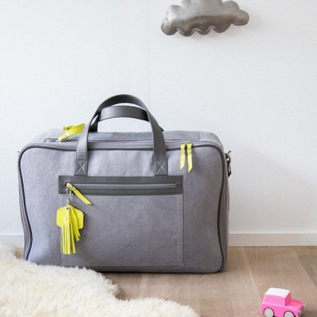 sweetcase maternity 2-case-with-a-chic-bag-yellow