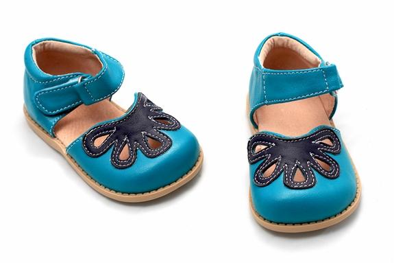 Livie and Luca, zapatitos flexibles para niños con colores novedosos, calzado infantil de Livie and Luca