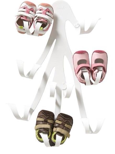Curl de Boon, organizador de zapatos para bebé , colgador de pared de zapatos para bebé de Boon inc.