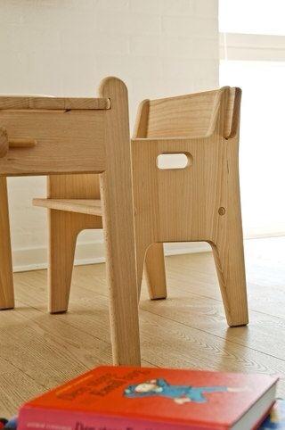 Carl Hansen & Son, mesa y silla infantil, muebles infantiles de Carl Hansen