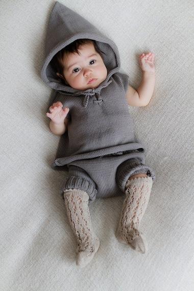 ropa de bebe a punto