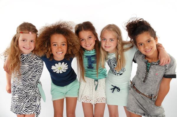 Dresslikeflo girls featured