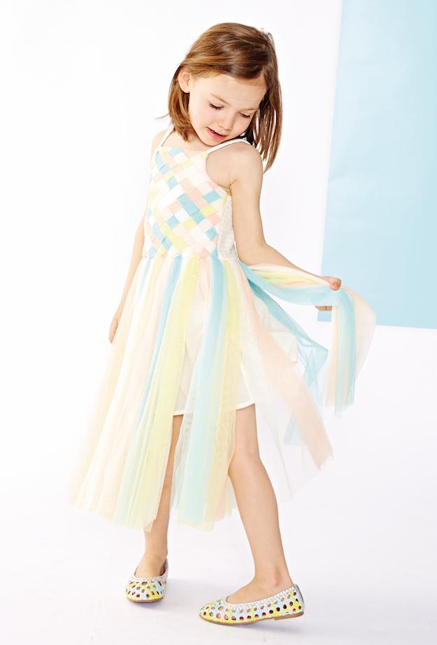 048565a52 Muchos de los conjuntos y vestidos de esta marca tienen un marcado  carácter