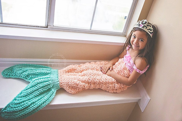 Mermaid tail blanket 2