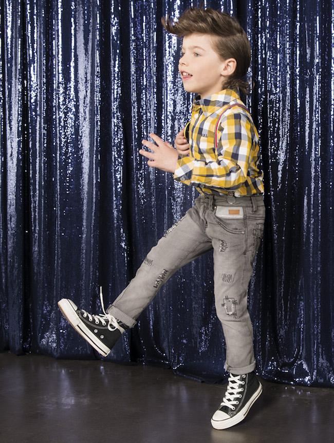 digital retouch : www.pixoleb.com tel: +34/ 93 129 18 89