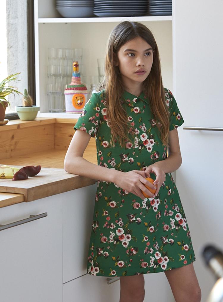 vestidos y faldas para niña