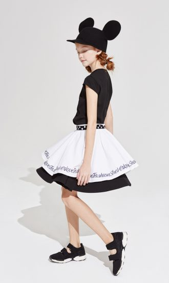 moda en blanco y negro para niñas