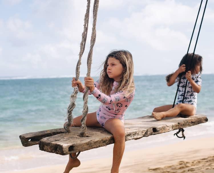 5e105f6d9 Beach   Bandits bañadores para niños con proteccion solar - Minimoda ...
